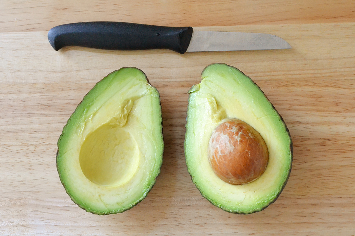 cut_avocado