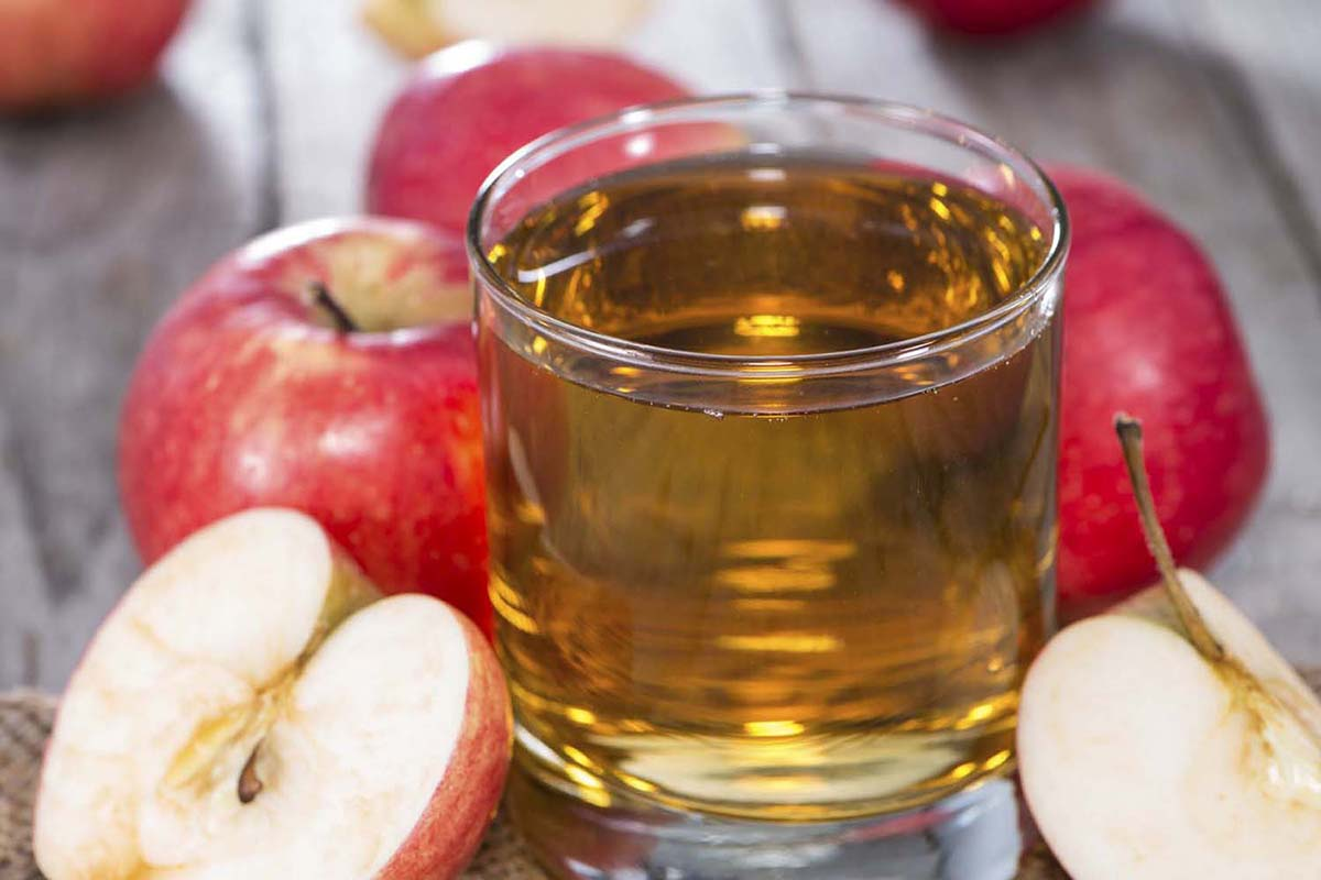 Fresh Apple Juice with fruits