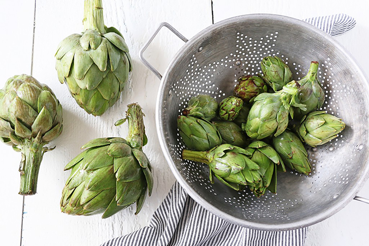 artichokes_washing