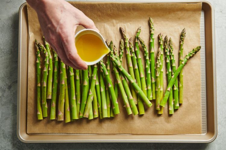 how-to-make-roasted-asparagus-338-1200x800